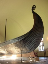 Exhibition_in_Viking_Ship_Museum,_Oslo_01